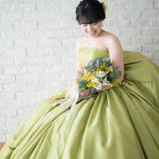 旧古河邸でウエディングドレス&萌黄色のカラードレスの画像20
